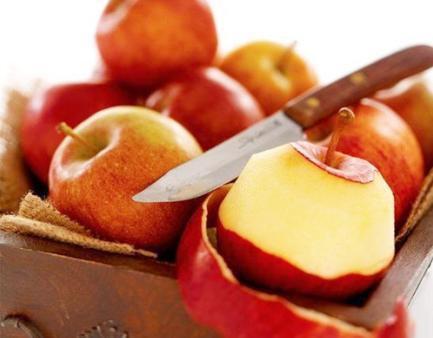 Ăn táo buổi tối tương đương với hấp thụ chất độc? - Ảnh 1.