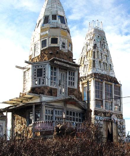 """10 ngôi nhà đẹp """"lạ"""" làm bằng vật liệu tái chế - Ảnh 11."""