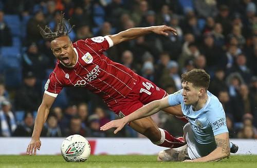 Thắng nghẹt thở Bristol City, Man City mơ chung kết League Cup - Ảnh 3.