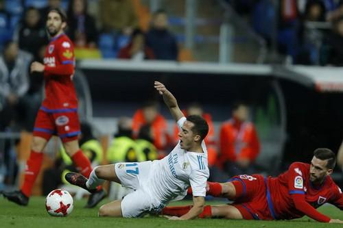 Khán giả tẩy chay, Real Madrid bị đối thủ hạng Nhất cầm chân - Ảnh 5.