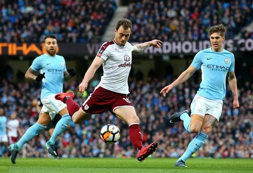 Man City thắng hủy diệt ở FA Cup, Chelsea lại bị cầm chân - Ảnh 2.