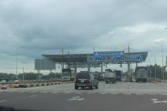Đại diện Bộ GTVT lên tiếng vụ giảm phí BOT Nam Bình Định - Ảnh 1.