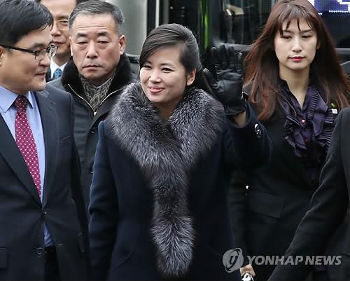 Cô gái trên yên chiến mã Triều Tiên gây sốt tại Hàn Quốc - Ảnh 5.