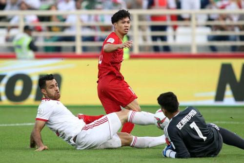 Việt Nam - Iran 0-2: Gạt qua thất bại, quyết đấu Yemen - Ảnh 1.