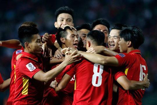 Thành tích của thày trò HLV Park Hang-seo và nhan sắc Việt lọt tốp 10 sự kiện tiêu biểu - Ảnh 2.