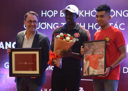 Danh thủ Manchester United tin đội tuyển Việt Nam sẽ sớm dự World Cup - Ảnh 1.