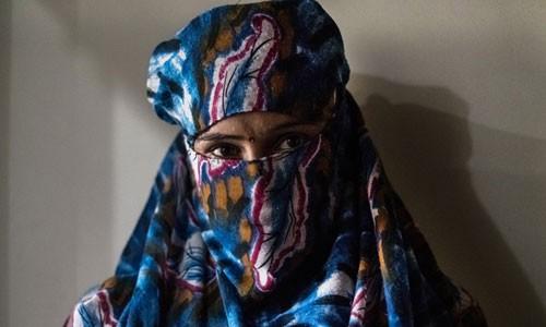 Định mệnh nghiệt ngã của trẻ em gái Bacchara - Ảnh 1.