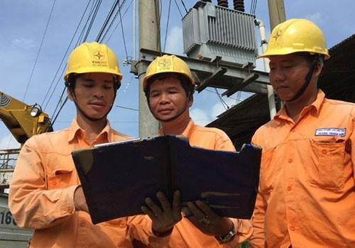 EVN SPC bảo đảm cung cấp điện dịp Tết nguyên đán - Ảnh 1.
