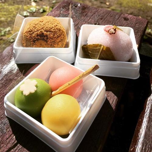 Vì sao mochi là món nguy hiểm nhất của người Nhật vào dịp Tết? - Ảnh 1.