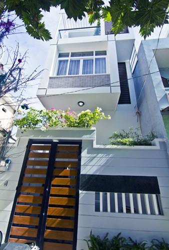 10 mẫu nhà phố hướng Tây đẹp quên sầu - Ảnh 5.