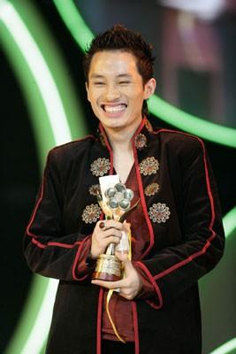 Giải Mai Vàng 25 năm: Ký ức tuyệt vời của ca sĩ Tùng Dương - Ảnh 2.