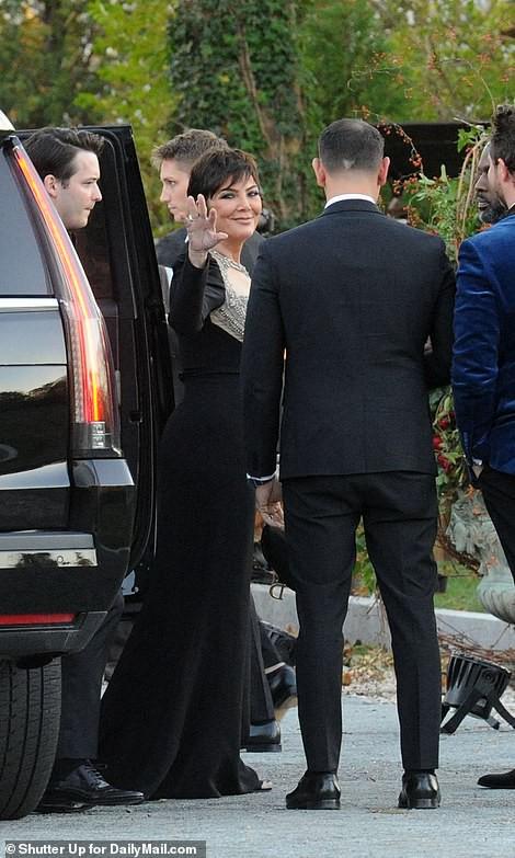 Mỹ nhân Jennifer Lawrence lên xe hoa ở tuổi 29 - Ảnh 4.