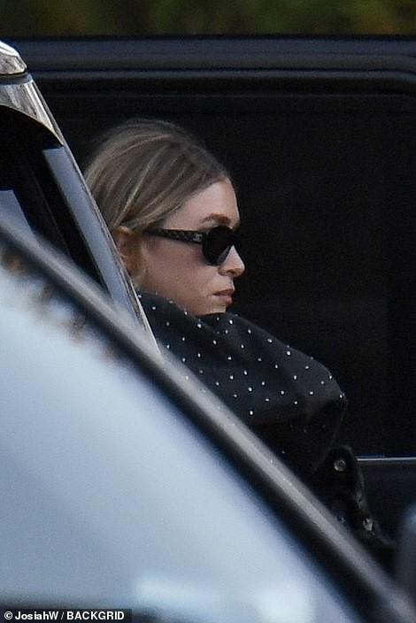 Mỹ nhân Jennifer Lawrence lên xe hoa ở tuổi 29 - Ảnh 8.