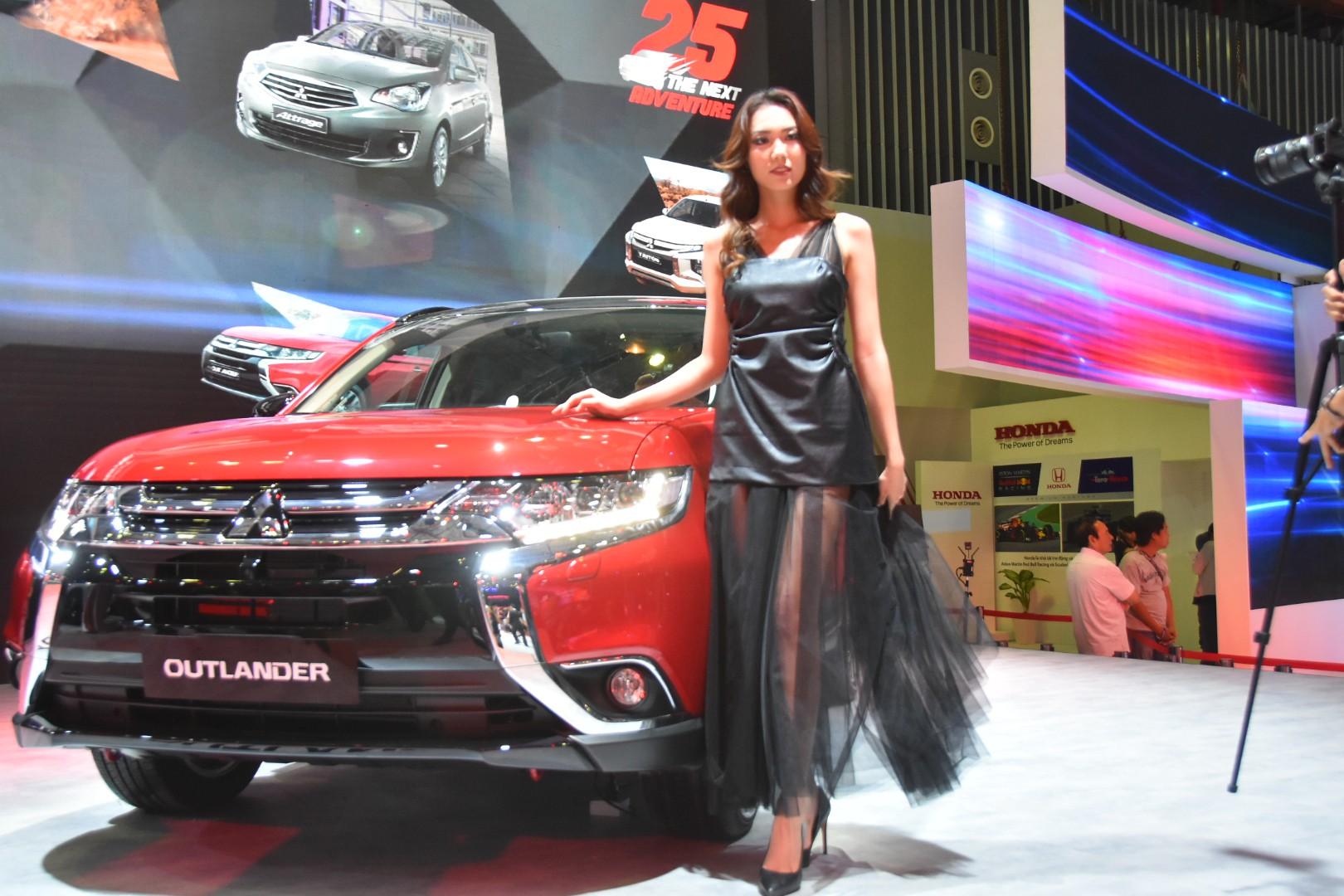 Gần 100 mẫu ôtô mới nhất trình diễn tại Vietnam Motor Show 2019 - Ảnh 16.