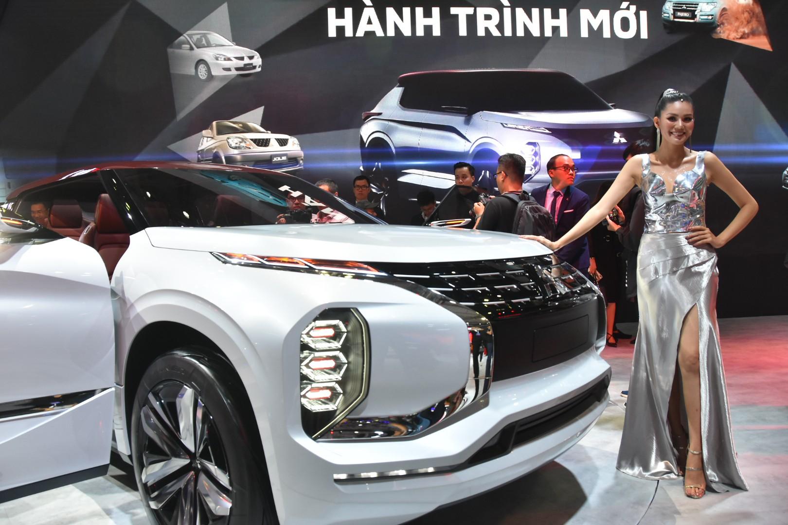 Gần 100 mẫu ôtô mới nhất trình diễn tại Vietnam Motor Show 2019 - Ảnh 1.