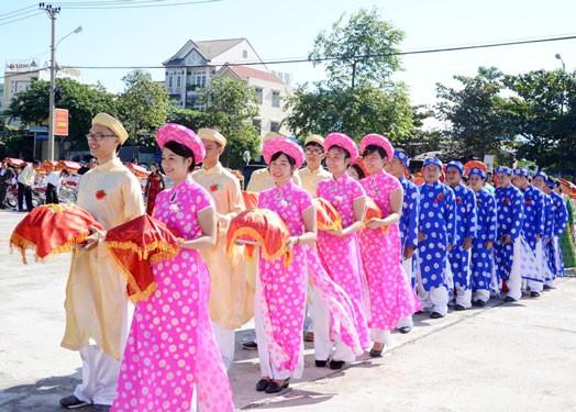 Đà Nẵng: Tổ chức cưới tập thể cho đoàn viên khó khăn - Ảnh 1.
