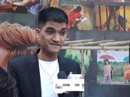 """Mạc Văn Khoa cạo đầu, Trường Giang hóa con """"mất dạy"""" trong phim Tết - Ảnh 3."""