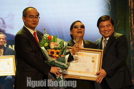 77 nghệ sĩ được TP HCM thưởng thêm trong lễ vinh danh - Ảnh 1.