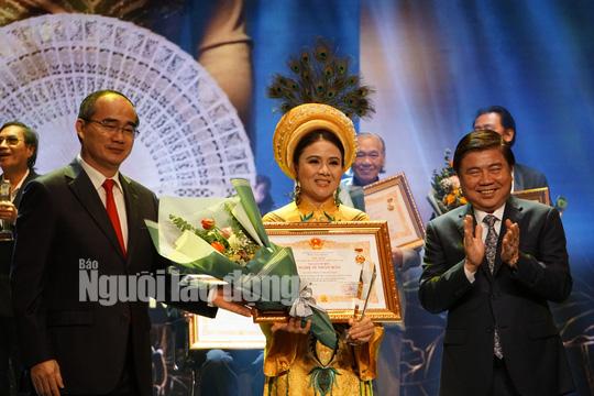 77 nghệ sĩ được TP HCM thưởng thêm trong lễ vinh danh - Ảnh 6.