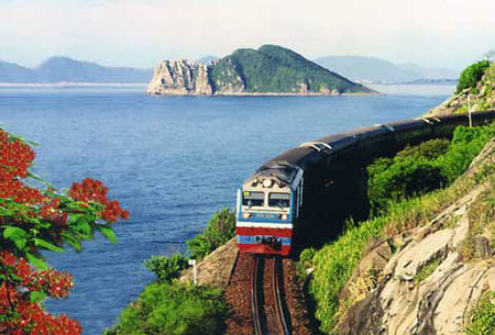 Tuyến đường sắt 100.000 tỉ đồng: Lãng phí và vô lý - Ảnh 1.