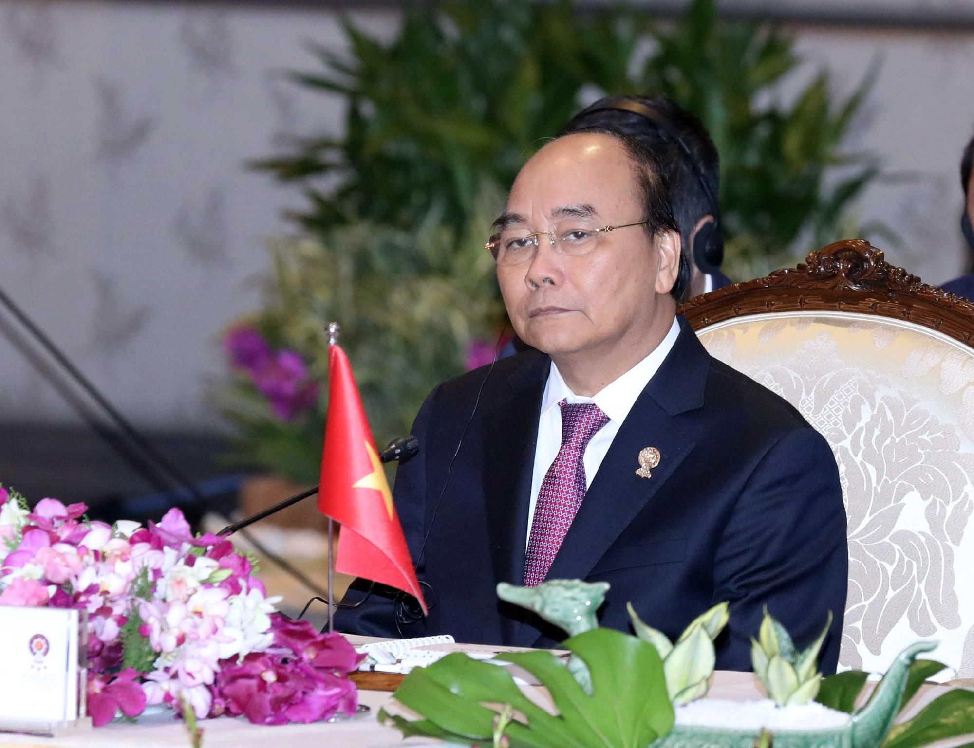 Vụ 39 người chết: Thủ tướng Nguyễn Xuân Phúc chia buồn với gia đình các nạn nhân  - Ảnh 1.