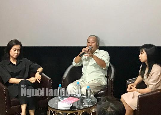 Diễn viên Hồng Ánh bồi hồi gặp lại đạo diễn Nguyễn Vinh Sơn - Ảnh 4.