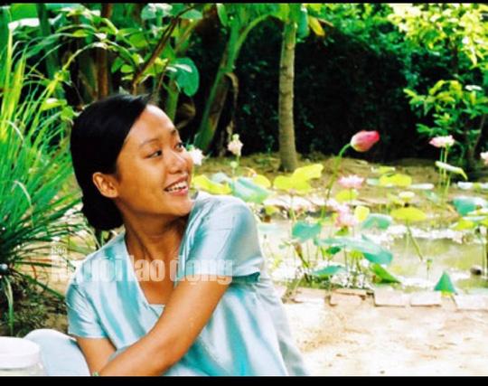Diễn viên Hồng Ánh bồi hồi gặp lại đạo diễn Nguyễn Vinh Sơn - Ảnh 5.