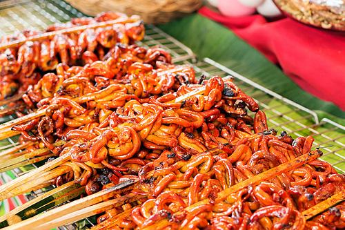 7 món ăn vặt lạ của nước chủ nhà SEA Games 30 - Ảnh 5.
