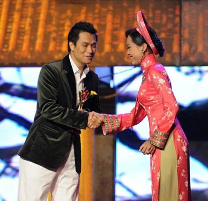 Việt Anh đoạt giải Mai Vàng ngay vai đầu đời - Ảnh 2.