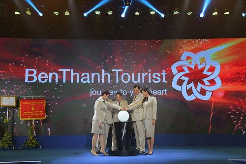 Kỷ niệm 30 năm thành lập Benthanh Tourist đón Huân chương Lao động hạng Nhất - Ảnh 1.