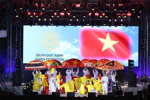 Bế mạc SEA Games 30: Hẹn gặp tại Việt Nam, SEA Games 31 - Ảnh 1.