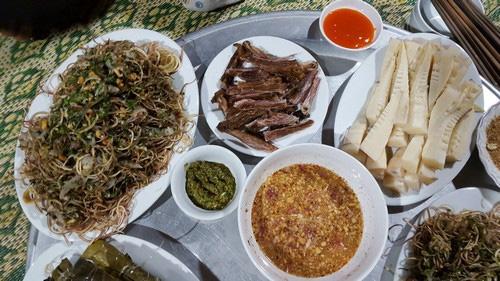 Gỏi cá- Món ăn dịp Tết của người Tây Bắc - Ảnh 5.