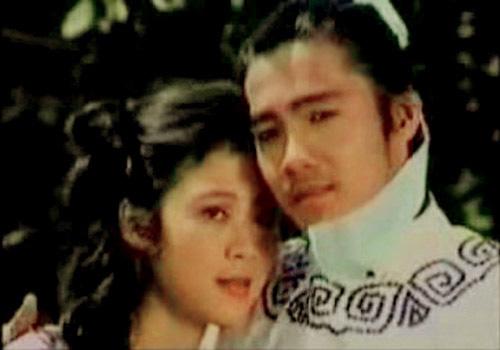 Lý Hùng kể về nụ hôn bất thường với Diễm Hương và nghi án phim giả tình thật - Ảnh 1.