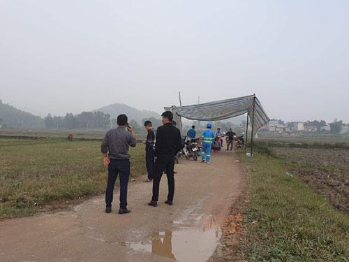 Hà Nội vỡ trận rác thải - Ảnh 1.