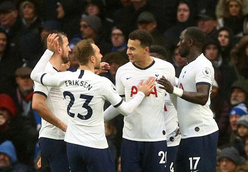 Mourinho quyết đưa Tottenham vào top 4 - Ảnh 1.