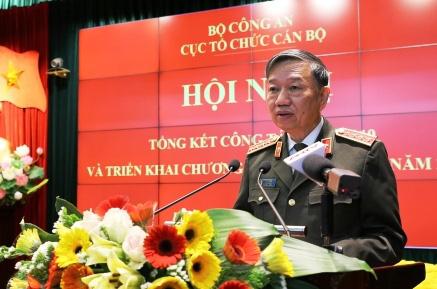 Bộ trưởng Tô Lâm: 15.000 gia đình hạnh phúc vì người thân không phải vào trại giam - Ảnh 1.