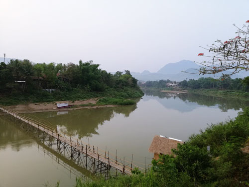 Đến Luang Prabang tìm bình yên - Ảnh 2.