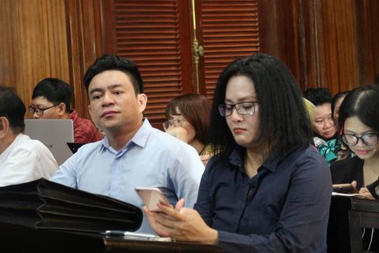 Ông Chiêm Quốc Thái yêu cầu dẫn giải bác sĩ Hoa Sen đến tòa - Ảnh 1.