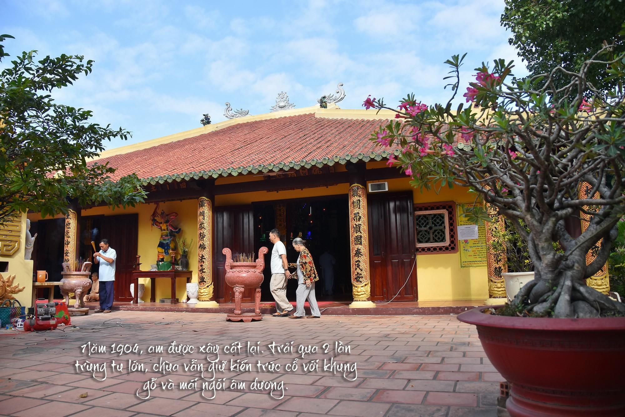 [eMagazine] - Ngày Xuân viếng các ngôi chùa cổ ở TP.HCM - Ảnh 20.