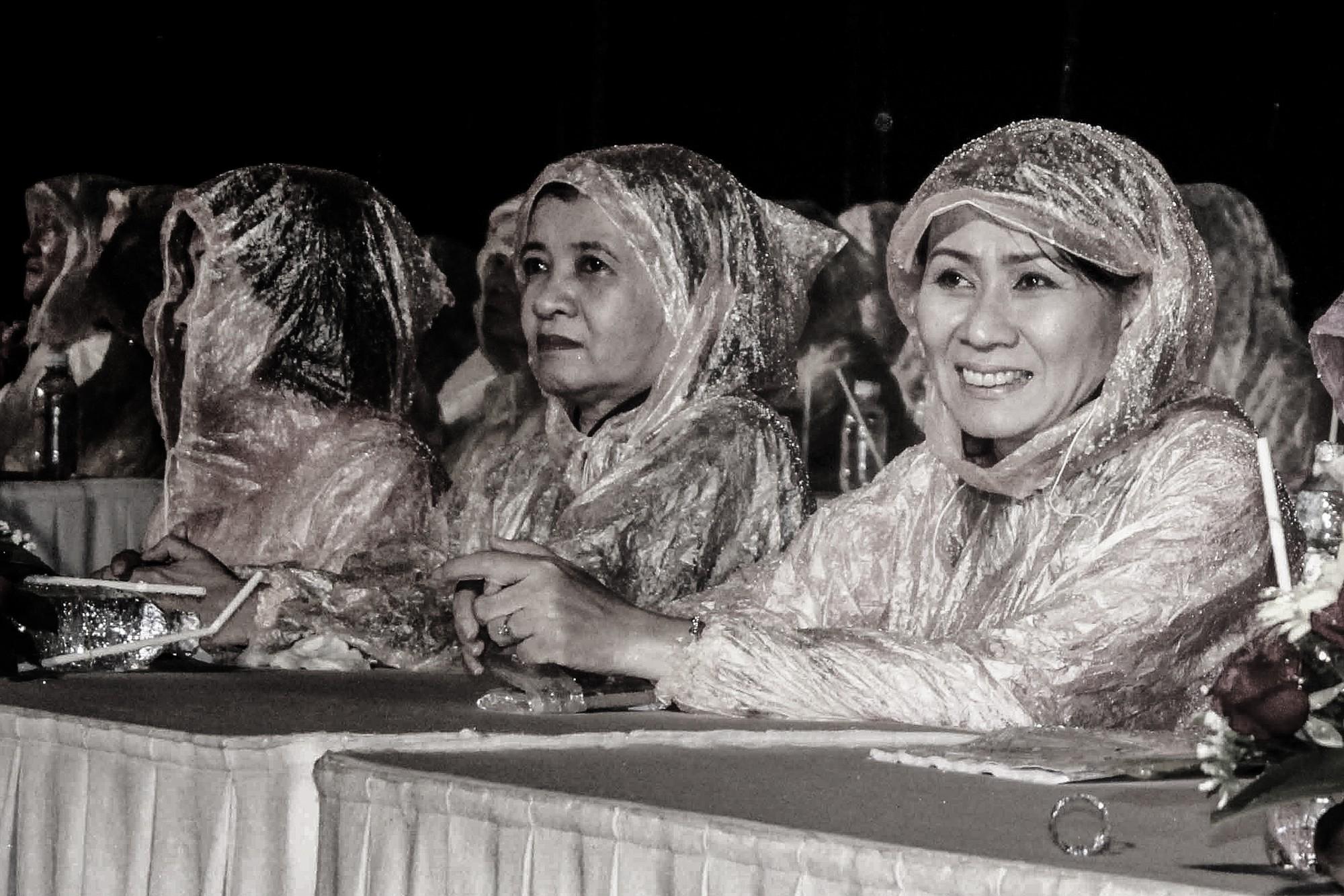 [eMagazine] - Hình ảnh xúc động của chị Nguyễn Thị Thu trước khi qua đời - Ảnh 3.