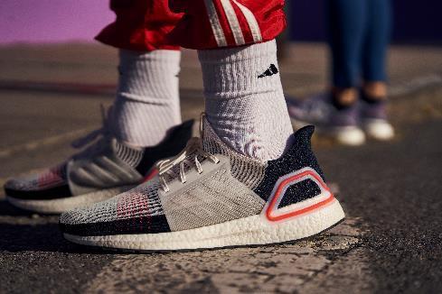 Adidas tạo nên siêu phẩm giày chạy Ultraboost 19 - Ảnh 4.