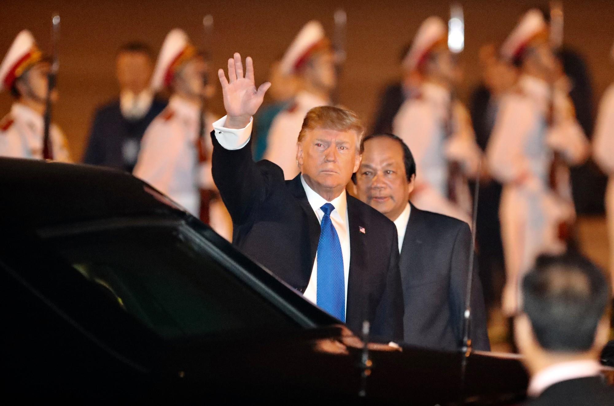 Toàn cảnh Hà Nội chào đón Tổng thống Mỹ Donald Trump - Ảnh 9.