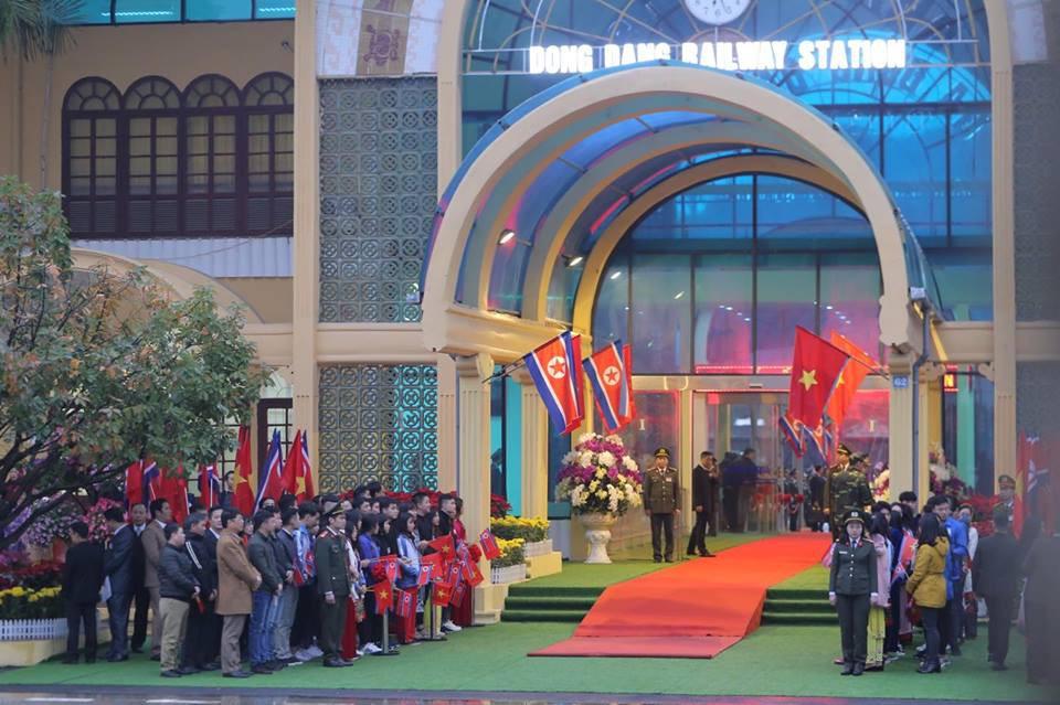 Toàn cảnh đón Chủ tịch Triều Tiên Kim Jong-un tại Việt Nam - Ảnh 7.