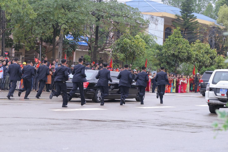 Toàn cảnh đón Chủ tịch Triều Tiên Kim Jong-un tại Việt Nam - Ảnh 17.