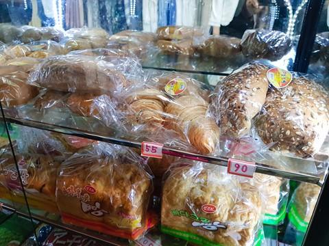 Bia Sài Gòn, nước cam Việt trong cửa hàng ở Triều Tiên - Ảnh 2.