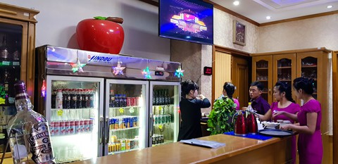 Bia Sài Gòn, nước cam Việt trong cửa hàng ở Triều Tiên - Ảnh 19.