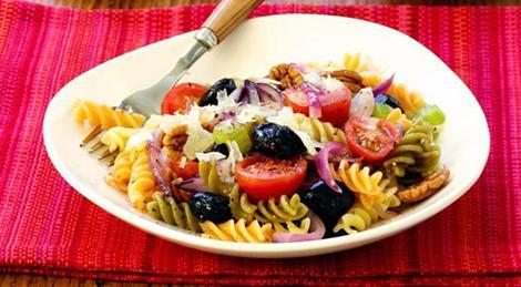 3 món salad thơm ngon lạ miệng cho thực đơn ngày Tết - Ảnh 2.