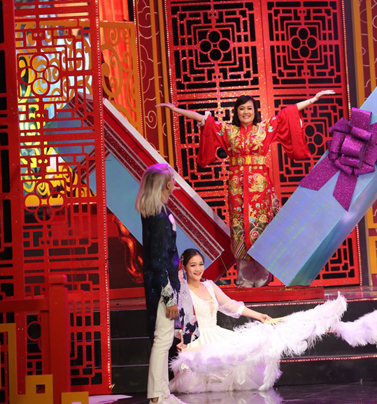 Táo Quân 2019: Ngọc Hoàng đi bão với dàn... hot girl - Ảnh 4.