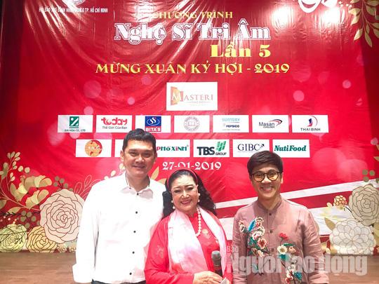 Bộ ba Kim Cương, Thành Lộc, Hữu Châu vui xuân tri ân nghệ sĩ - Ảnh 5.