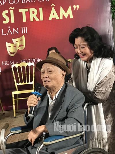 Bộ ba Kim Cương, Thành Lộc, Hữu Châu vui xuân tri ân nghệ sĩ - Ảnh 3.